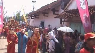 preview picture of video '[JutBio] Kirab Budaya di Tiongkok Kecil 2012'