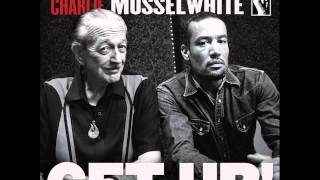 """Video thumbnail of """"Ben Harper & Charlie Musselwhite - I'm In I'm Out And I'm Gone"""""""