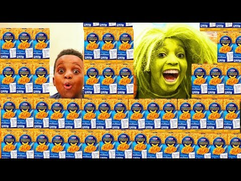 CRAZY MAC AND CHEESE LADY! - Shiloh and Shasha - Onyx Kids