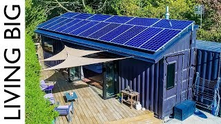 40ft Shipping Containers Transformed Into Amazing Off-Grid Family Home - Video Youtube
