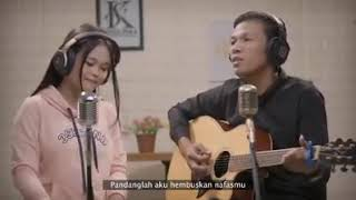 Download lagu Suaramu Syairku Kalia Siska Feat Omay Petik Mp3