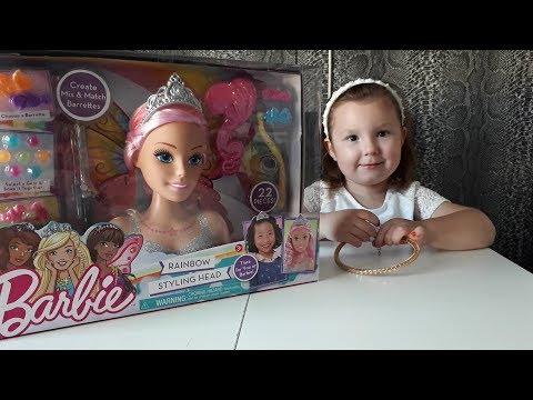 БАРБИ манекен для создания причесок. Распаковка и макияж  куклы.