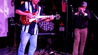 Chuck Lambert   Merry Christmas Baby LIVE @ The Saint 12 21 2011