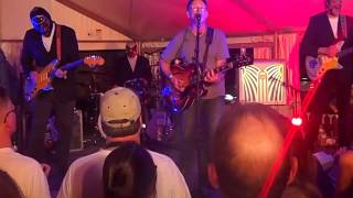 Something's Gonna Happen - Marshall Crenshaw w Los Straitjackets - 7/1/17 FitzGerald's 36th AMF