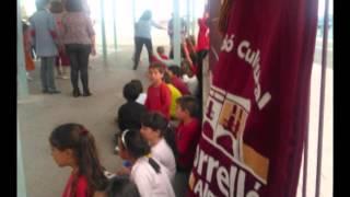 preview picture of video 'Dansa dels nanos als CEIP d'Almassora (AC El Torrelló)'