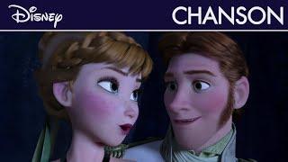 La Reine Des Neiges   L'amour Est Un Cadeau | Disney