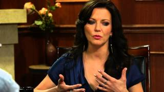 I Believe In Acceptance   Martina McBride   Larry King Now - Ora TV