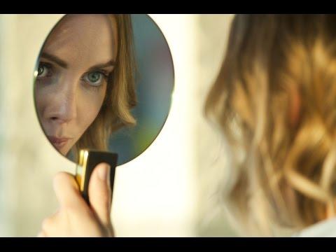 Vidéo de Mathilde Lacombe
