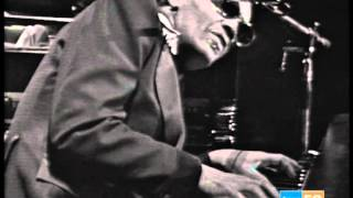 Ray Charles - In The Evening / Stormy Monday - Madrid 1975