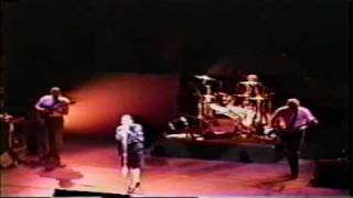 10,000 Maniacs - Poison In The Well (1989) New Haven, CT