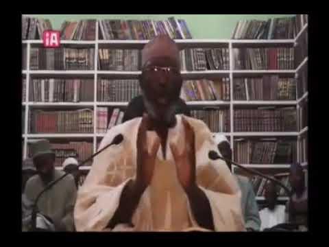 Saurara kaji Marigayi Sheikh Albani Zaria yana yabama Sheikh Abubakar Gumi akan wani abuda yayi musu