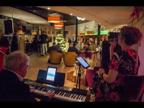 Jubilerende Meerpaal bezorgt 160 Zonnebloemgasten muzikale middag met Sweet Sixty