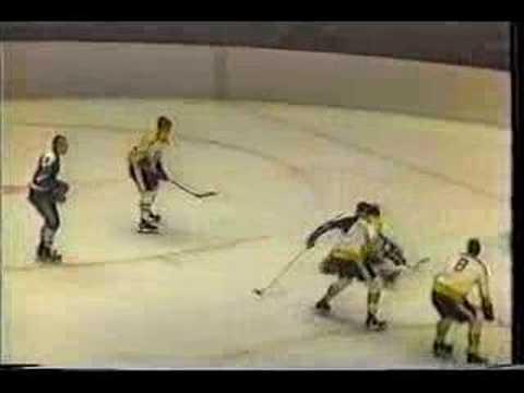 Boston@Oakland 7.Jan.1970 300'th Bucyk carriere goal