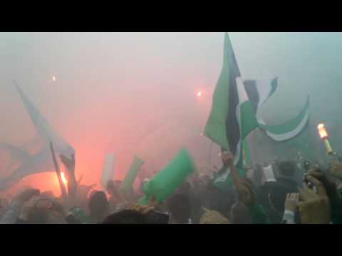 """LA GLORIOSA (recibimiento de VILLA MITRE vs Central)"" Barra: La Gloriosa • Club: Villa Mitre"
