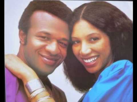 Womack & Womack - Baby I'm Scared Of You video