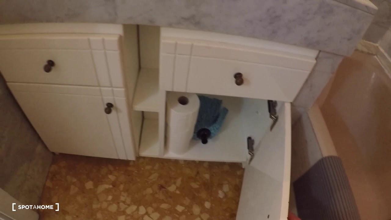 Spacious studio apartment for rent in Ciutat Vella