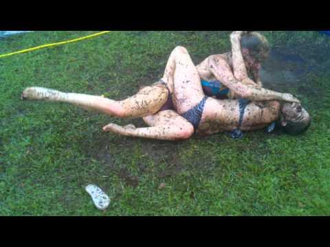 Bikini girls mud wrestling