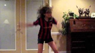 """""""Pea"""" Dancing"""
