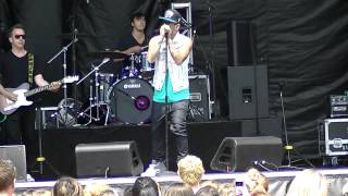 """Danny Fernandes """"Automatic"""" Live in Vancouver"""