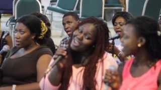 Overflow Inc sings 'dreaming of a City' (Sweet symphony)