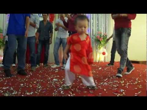 Mini Dancer 2 tuổi