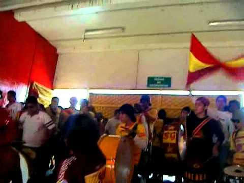 """""""Locura 81 vs Toluca 2010 - Musicanarios - Entrada"""" Barra: Locura 81 • Club: Monarcas Morelia"""
