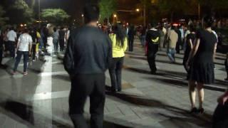 Video : China : Evening dance fun at QianHai, BeiJing 北京