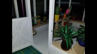 Dollhouse Green Leaf Plant