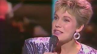 "Anne Murray   ""Snowbird""  Live   Recorded 1970"