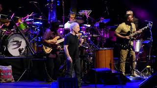 Paul Simon - Diamonds on The Soles of Her Shoes / You Can Call Me Al. Vancouver 16/05/18