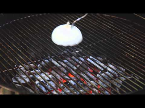 How To Clean Your Grill With An Onion And A Fork