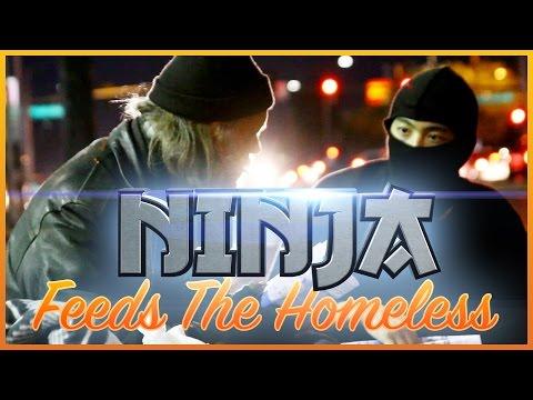 Nindža pomáhá bezdomovcům