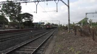 preview picture of video 'Decorated KYN WCAM 3 # 21945 hauling 12124 Deccan Queen'