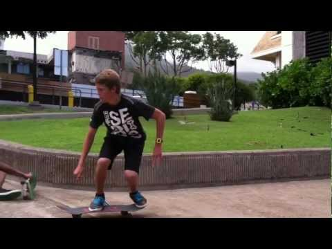 Skateboarding Maui