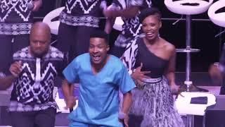 Tshwane Gospel Choir-Siyakuvuma (Live) Ft Tshepo Thage