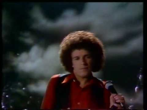 Leo Sayer - Thunder In My Heart [Official Video]