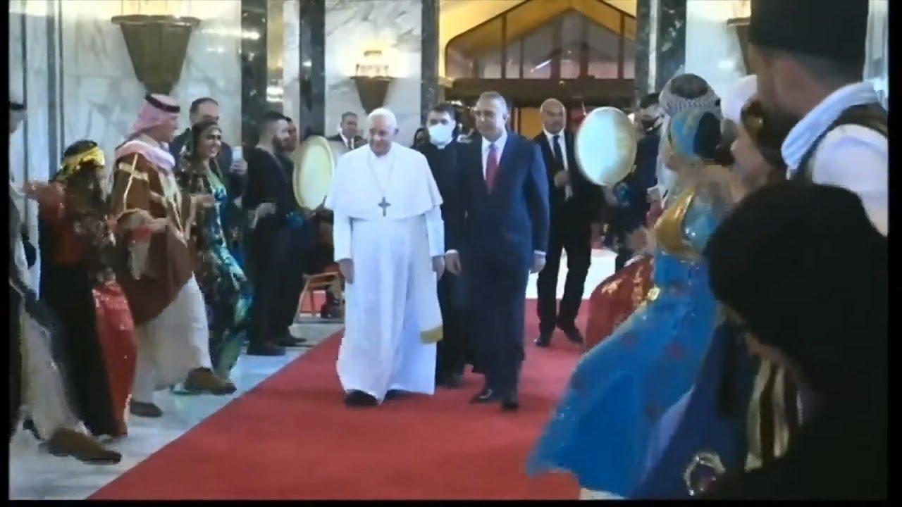 Πάπας Φραγκίσκος: «Ας σιγήσουν τα όπλα»