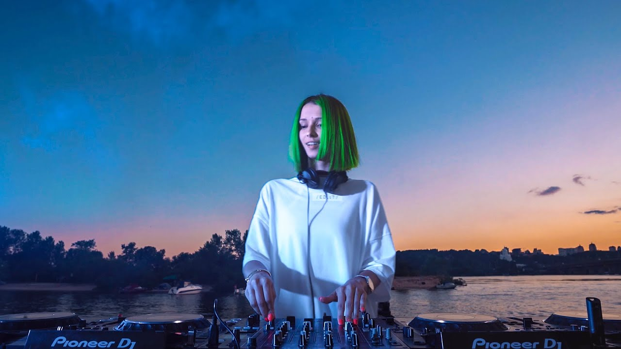 Miss Monique - Live @Atlas Weekend 2020