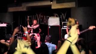 "Eyes Set To Kill performing ""Infected"" at the Korova in San Antonio, Texas 10-10-2015"