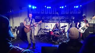 Tenyson at Croydon Rocks 02/12/2017