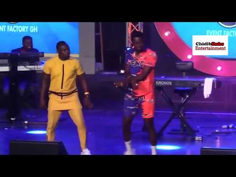 FUN CHALLENGE AKPORORO TO A DANCE IN GHANA 2019.(CHIDIBLINKS ENTERTAINMENT)