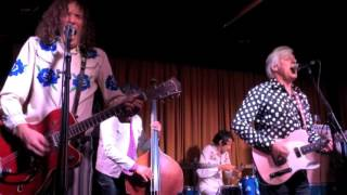"""""""I Wanna Destroy You"""" Robyn Hitchcock and The Sadies (Drake Hotel) September 13, 2015"""