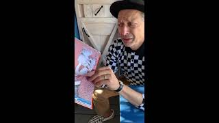 Jeff Goldblum Reads Kids' Book During Self-Isolation (COVID-19)