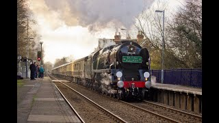 preview picture of video 'Winter Main Line Steam in the Surrey Hills with 35028 & 34067 - December 2014'