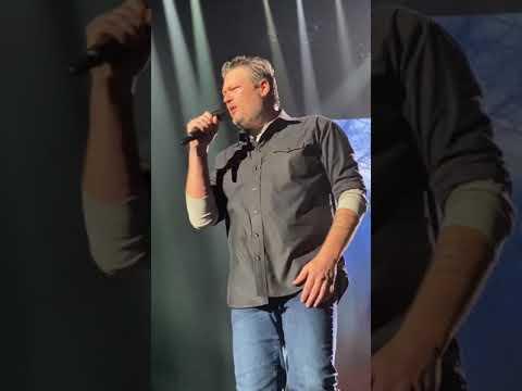 Blake Shelton with Gwen Stefani-Nobody But You- Wichita, Kansas- 3/11/2020