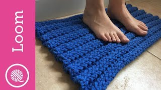 How To Make A Loom Knit Bathmat - T-Shirt Yarn (CC Closed Captions)
