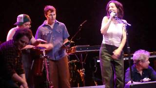 Ani DiFranco - Every State Line (live in Anaheim)