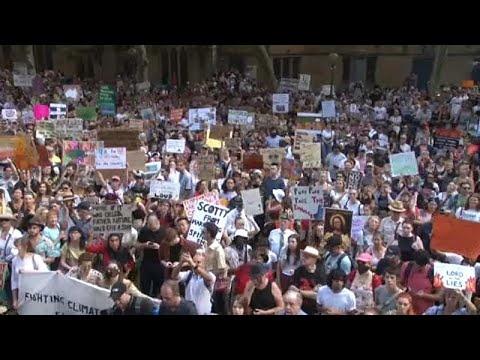 Βερολίνο – Μελβούρνη – Σίδνεϊ: Διαδηλώσεις για την κλιματική αλλαγή…