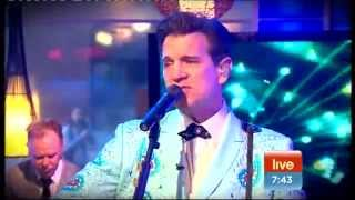 Chris Isaak - It's Now Or Never & Great Balls Of Fire (Sunrise 12-10-2011)