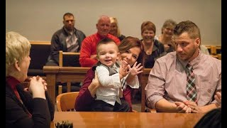 This Toddler Says One Word At Adoption Hearing, Judge Stops It Right After